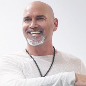 Speaker - Fred Herbst | Vortrag: Meditation der Weg zu Glück und Erfolg