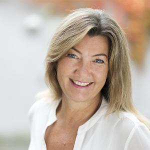 Speaker - Lara-Marie Obermaier | Tiefenvortrag:  energetisches Entgiften